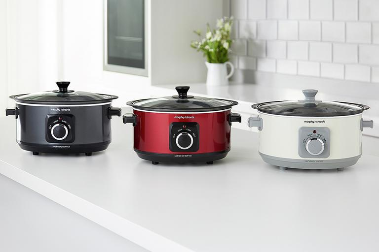 Choosing the best slow cooker.
