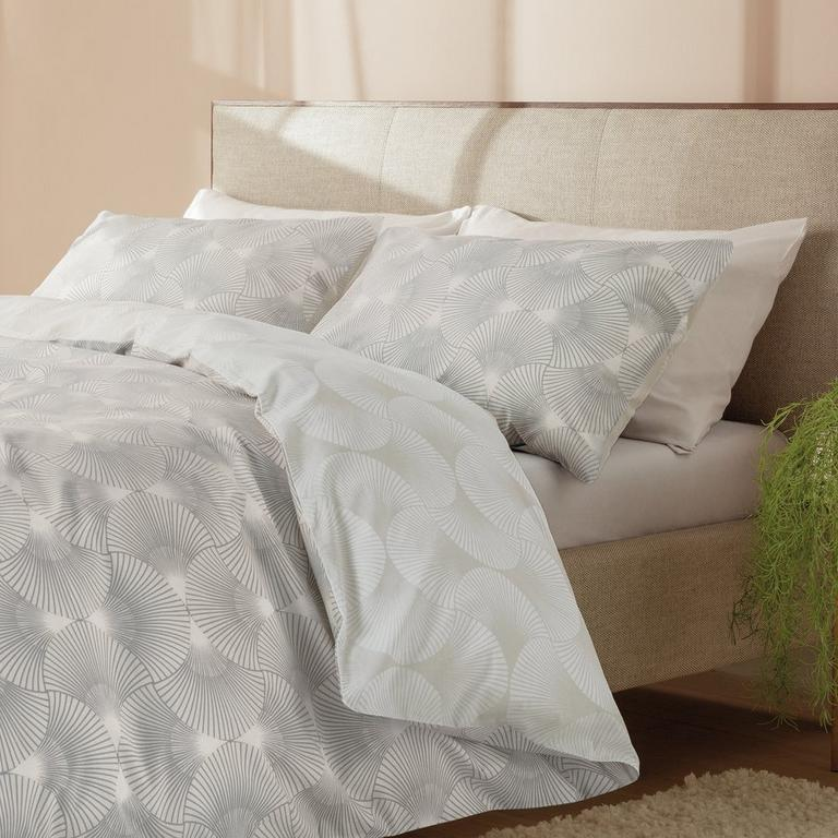 Grey geometric duvet cover set.