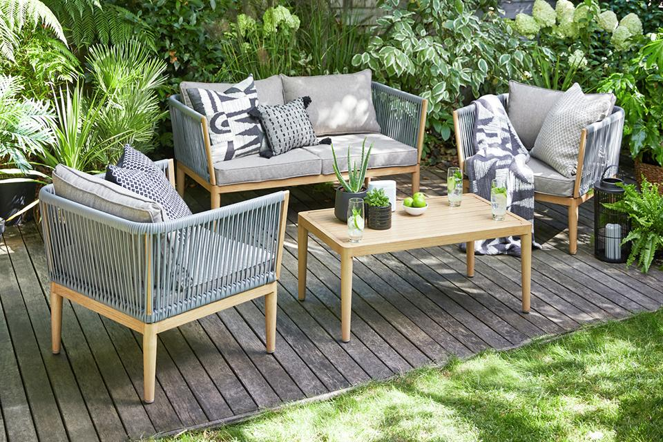 Our Guide To Choosing The Best Garden Furniture Argos