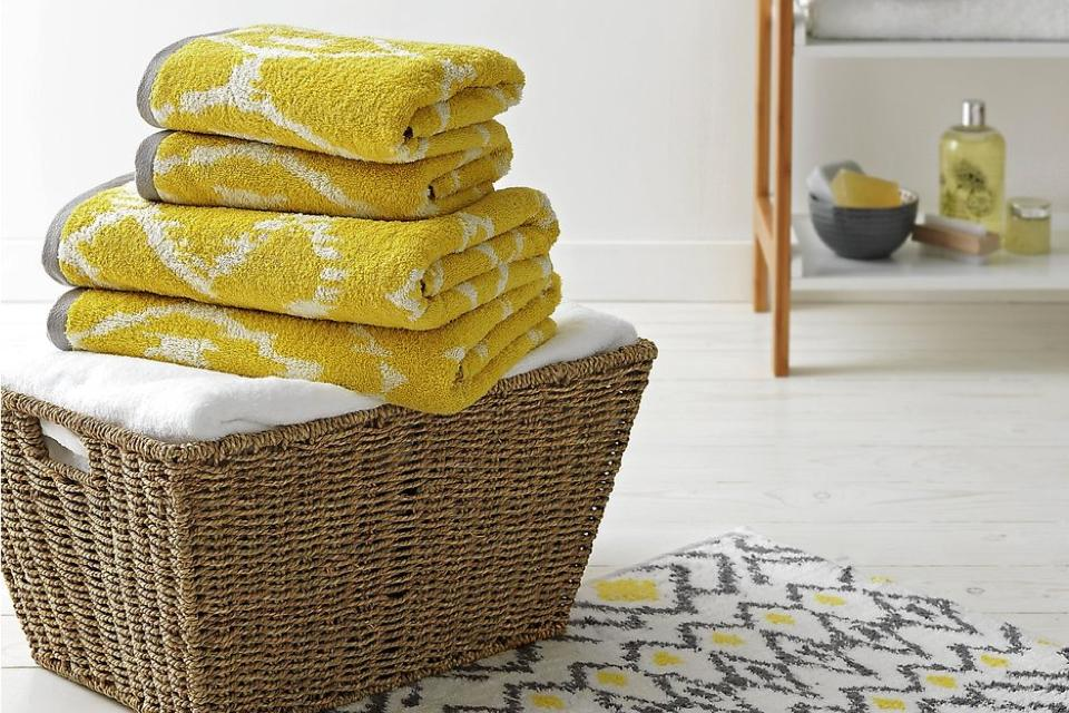 How to keep towels soft.