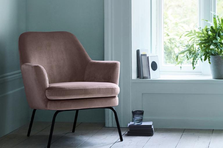 Habitat Celine Velvet Accent Chair - Pink.