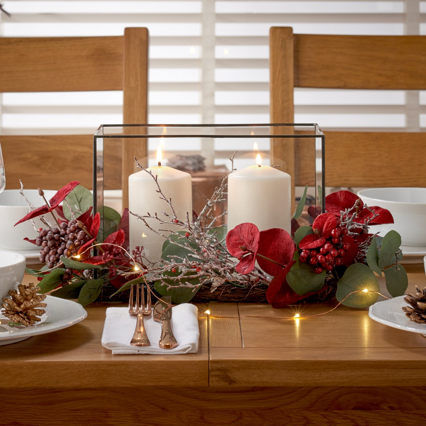 Argos Home Berry Christmas Centrepiece