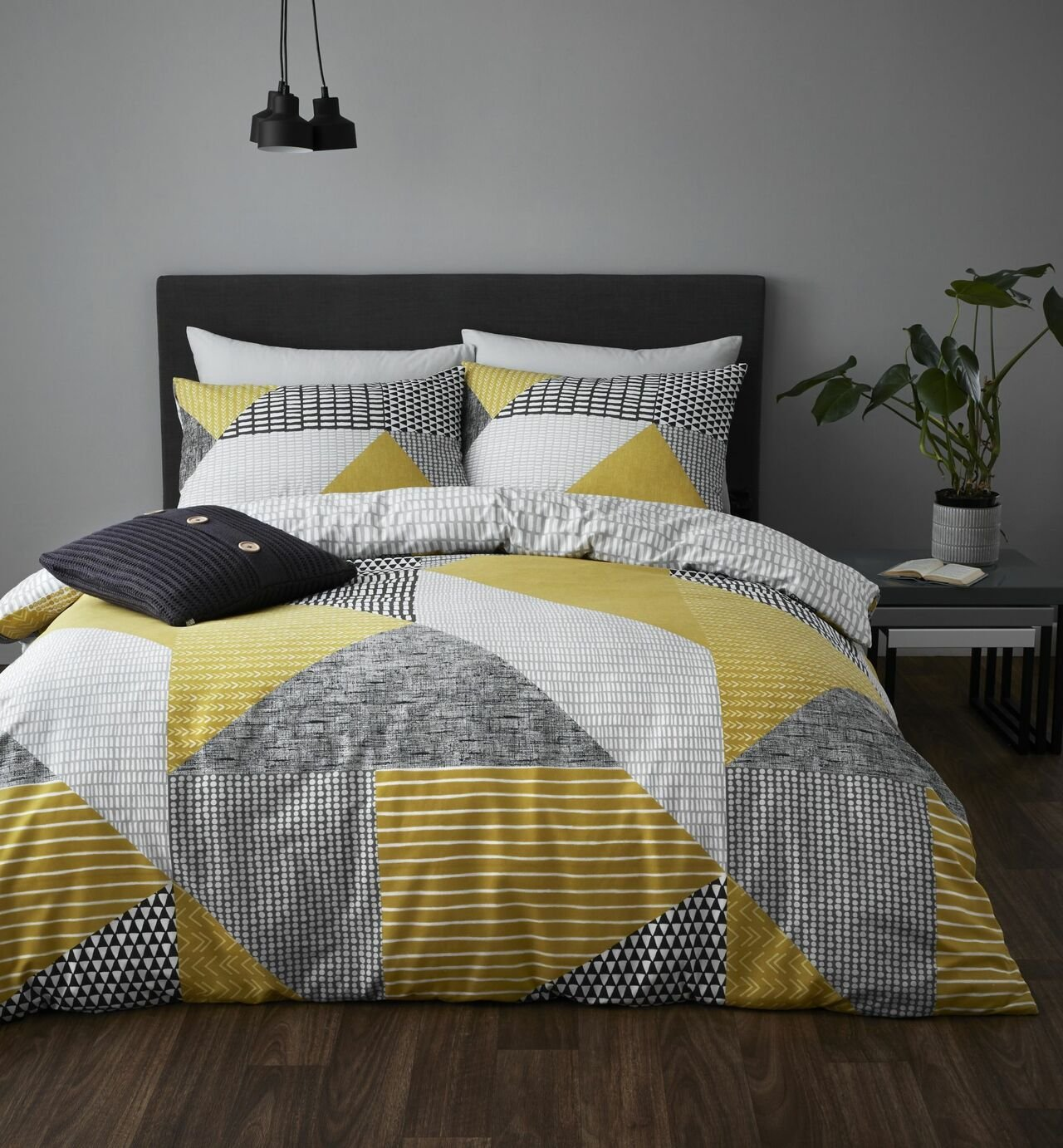 Catherine Lansfield Ochre Larsson Geo Bedding Set - Double