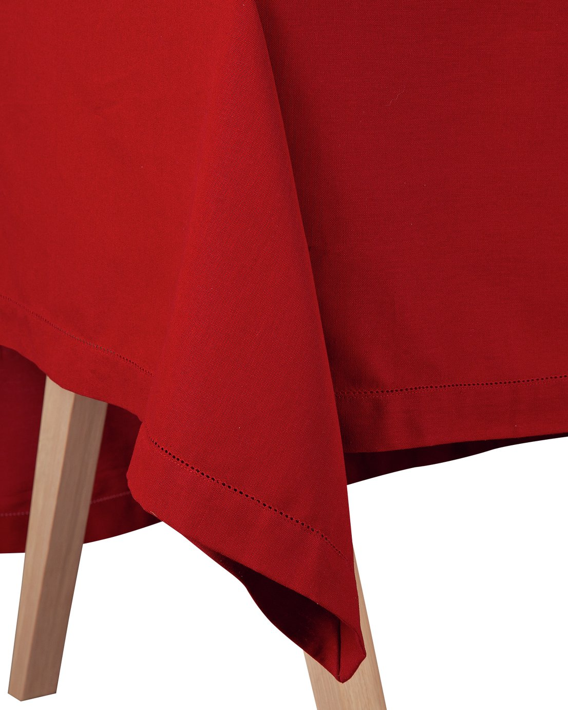 Argos Home Berry Christmas Table Cloth - Red