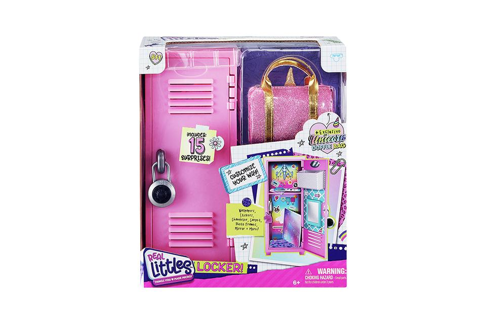 Real Littles Locker Pack with 15 Surprises.