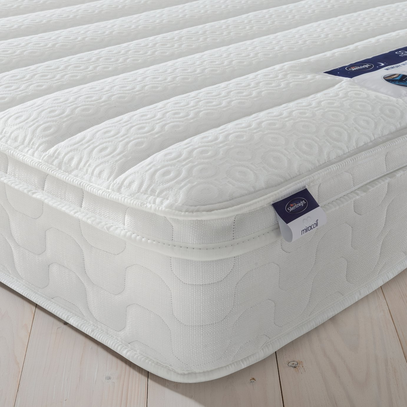 Silentnight Miracoil Travis Memory Foam Single Mattress