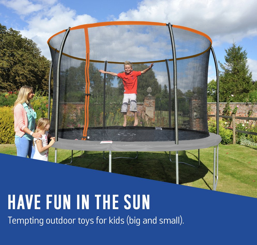 Have fun in the sun. Tempting outdoor toys for kids (big and small).