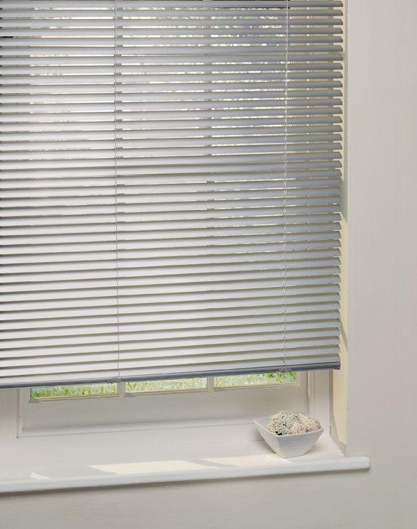 Argos Home Aluminium Venetian Blind - 2ft - Silver