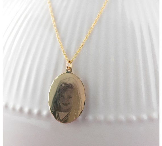 Buy moon back 9ct gold personalised holographic pendant at argos moon back 9ct gold personalised holographic pendant mozeypictures Image collections
