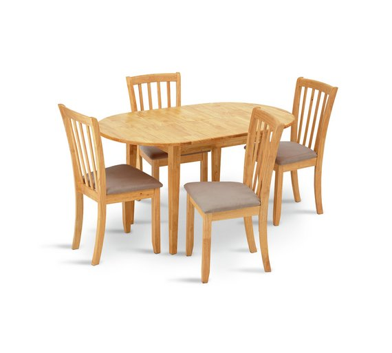 Collection Banbury Ext Solid Wood Table 4 Chairs