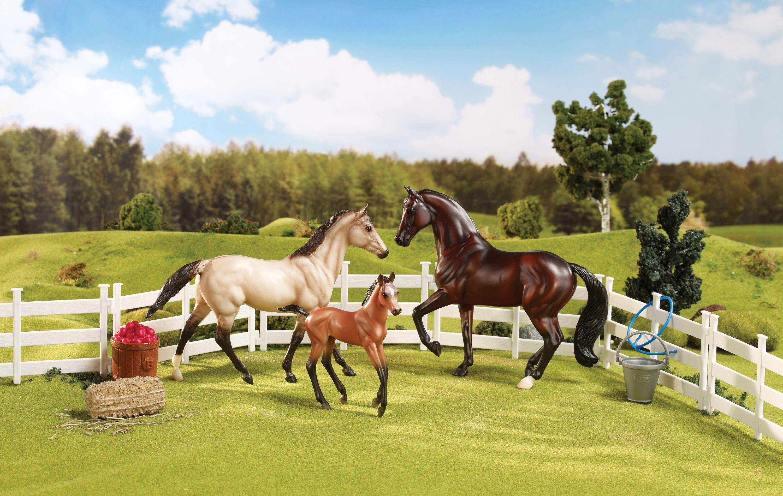 Image of Breyer Sport Horse Family.