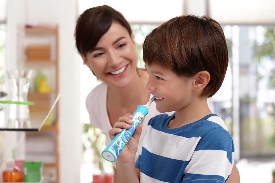 Kids' electric toothbrush