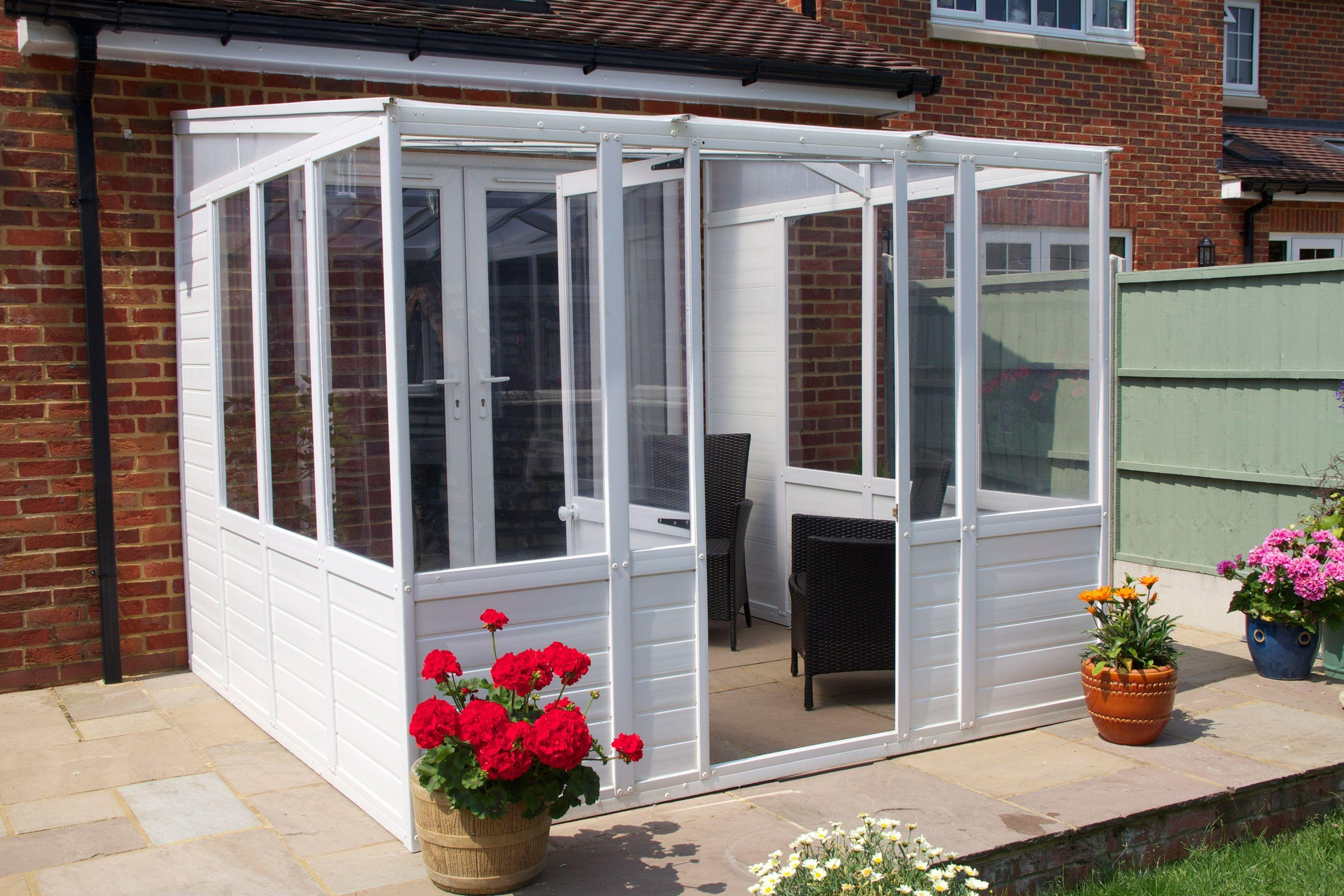 Greenhouses At Transparent Clearance Prices
