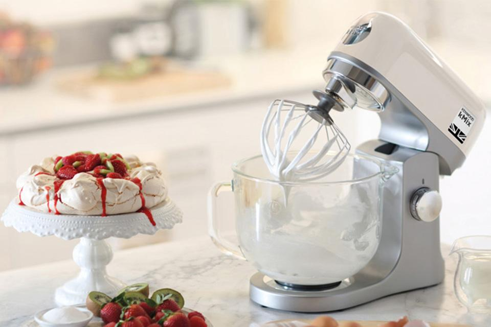 Kenwood kMix Stand Mixer - Cream.