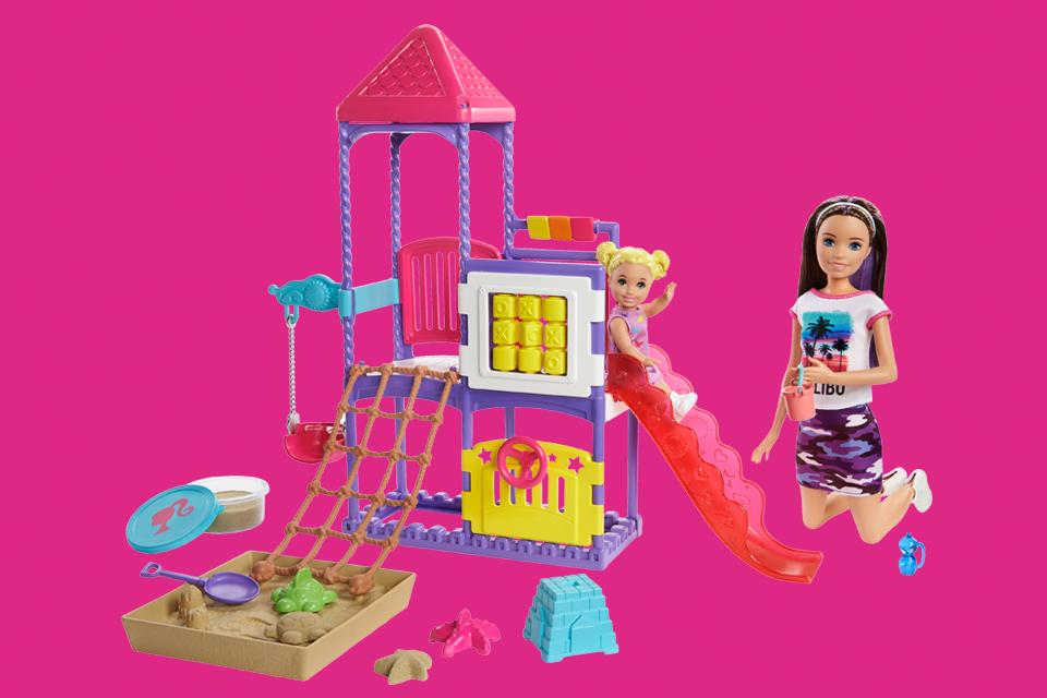 Barbie family, friends & pets