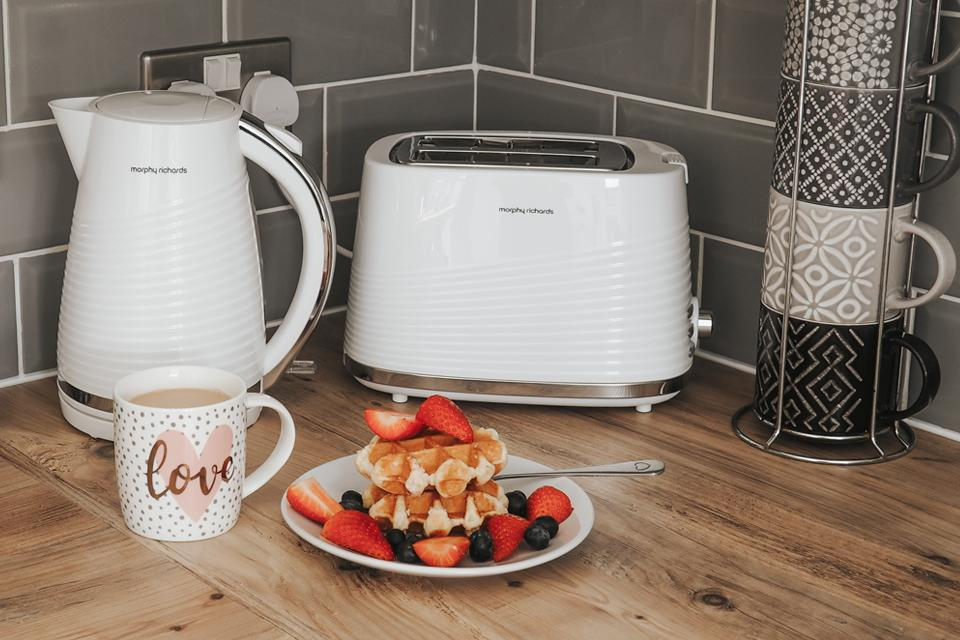 Morphy Richards Dune toaster collection.