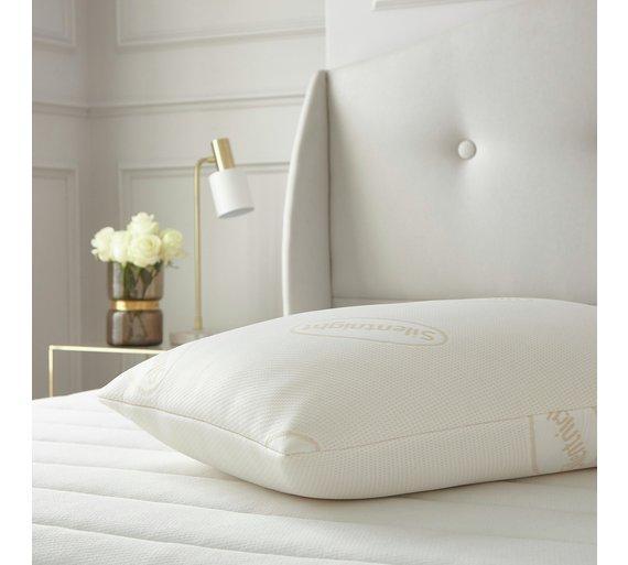 silentnight memory foam pillow excellent choice for a side. Black Bedroom Furniture Sets. Home Design Ideas