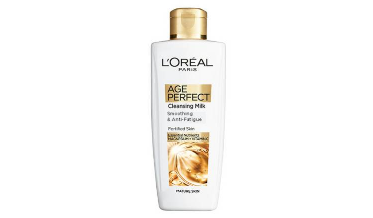 L'Oreal Age Perfect Cleansing Milk - 200ml