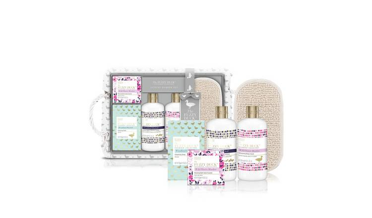 Baylis & Harding Fuzzy Duck Luxury Hamper Set