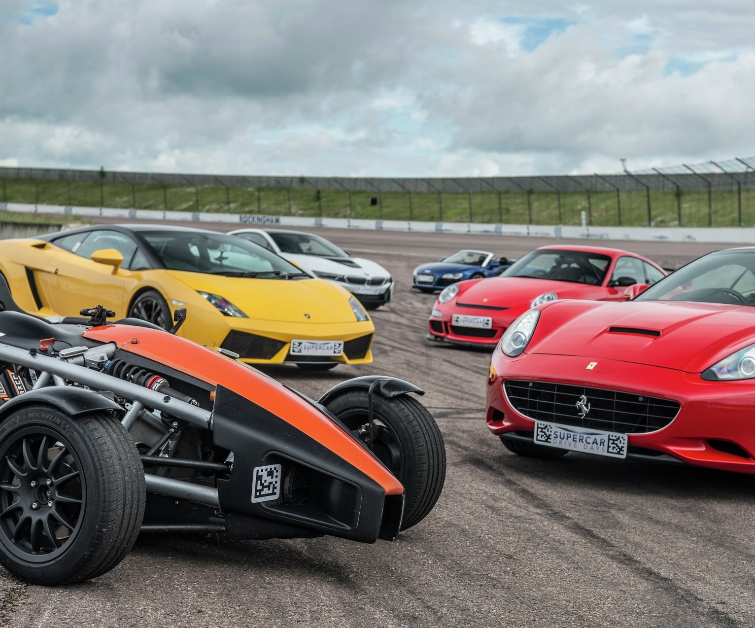Triple Supercar Drive Gift Experience