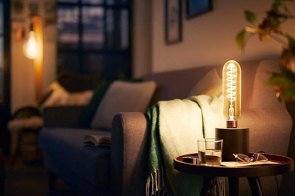 Philips LED Filament E27 6.5W (40W) Dim Giant Bulb - Gold.