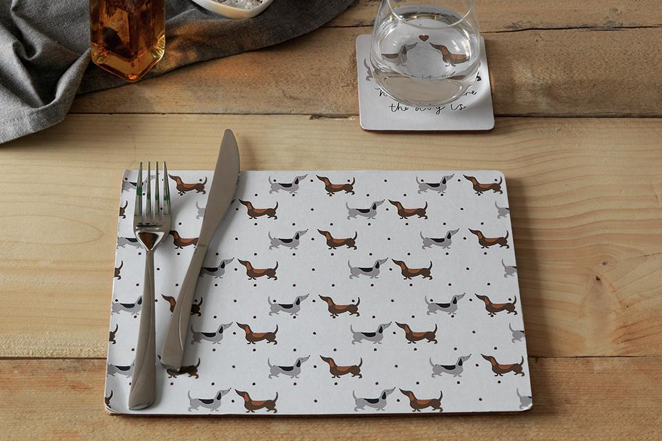 Argos Home Set of 4 Spotty Dachshund Placemats and Coasters.