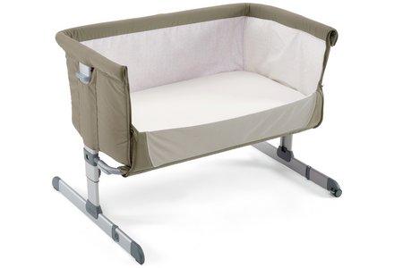 Chicco Next2Me Side-Sleeping Crib - Dove Grey.