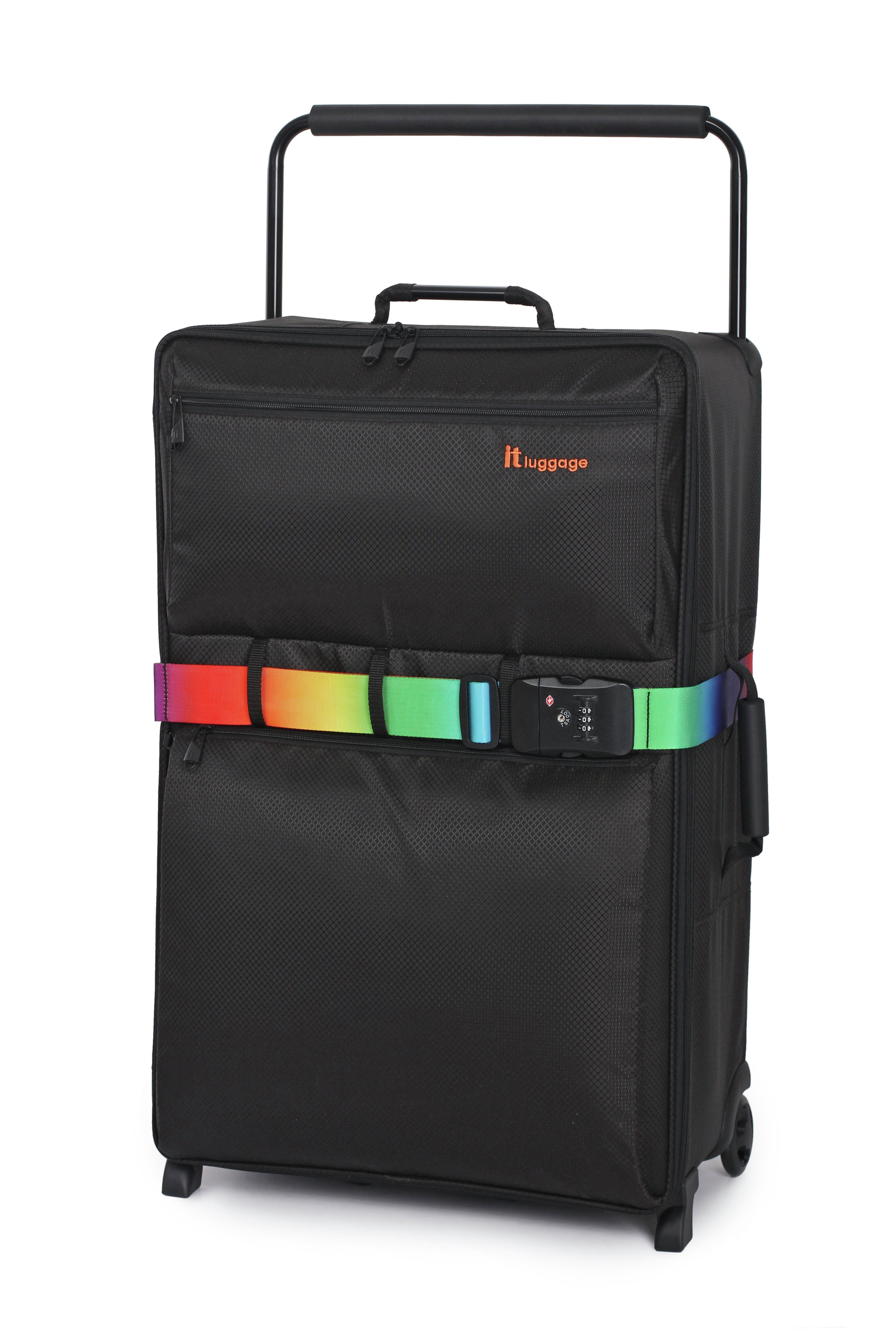 review of it luggage world 39 s lightest large 2 wheel suitcase. Black Bedroom Furniture Sets. Home Design Ideas