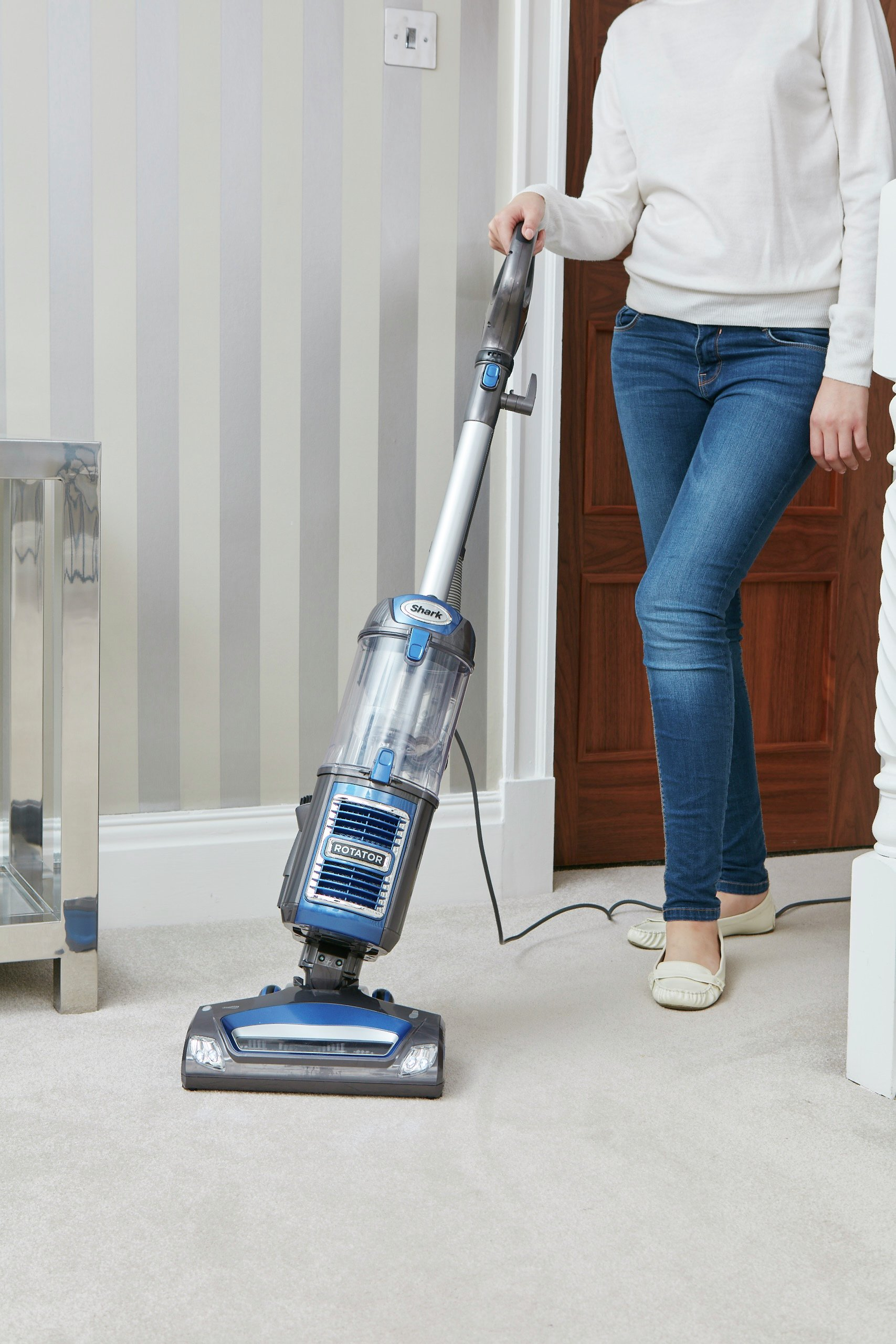 play video - Shark Upright Vacuum