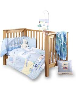 Bedding, pillows and duvets