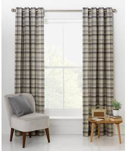Blinds, curtains and accessories