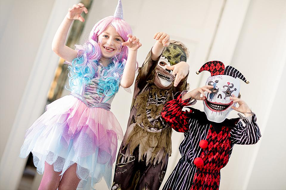 Halloween Costumes Decorations Argos