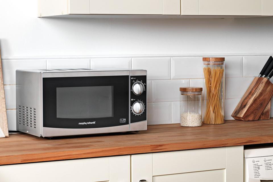 Morphy Richards 800W Standard Microwave MM82 - Silver.