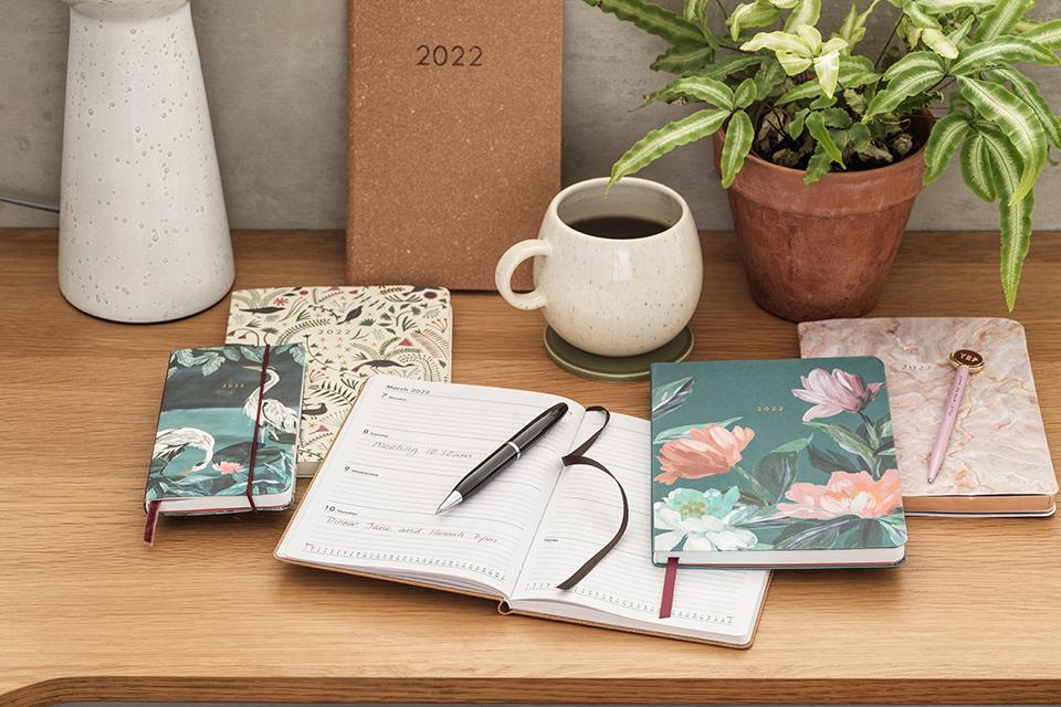 Image of a collection of notepads.