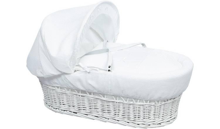 White Waffle White Wicker Moses Basket