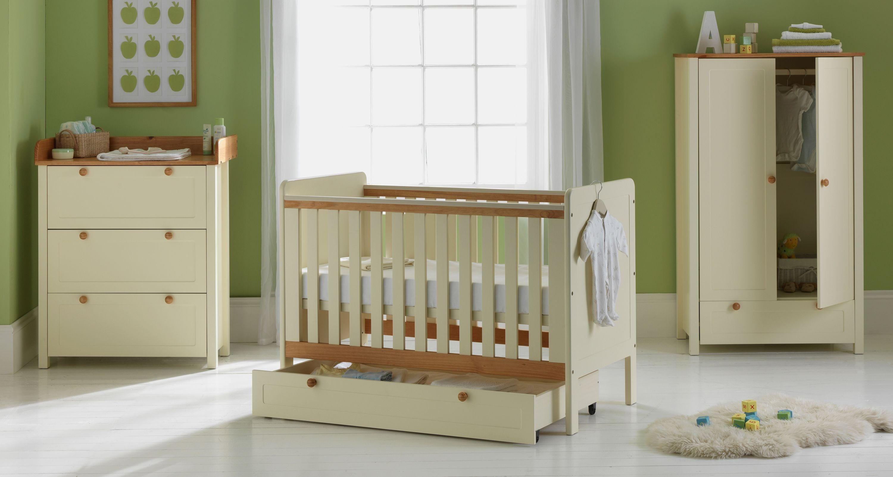 Awesome Classic Two Tone 5 Piece Nursery Furniture Set