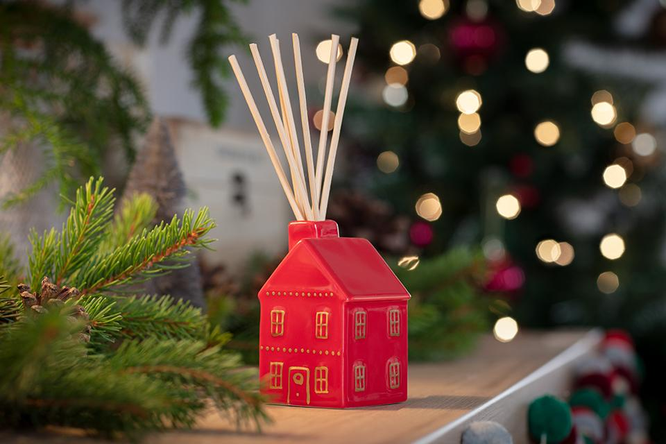 Create the magic of Christmas in your home.