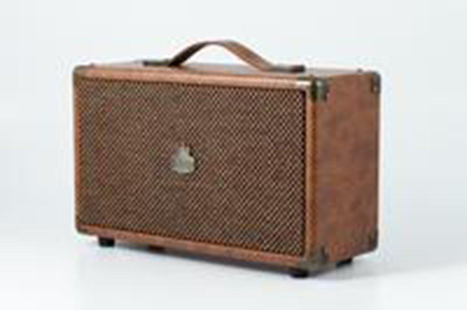 GPO Westwood Retro Bluetooth Amp Speaker - Brown