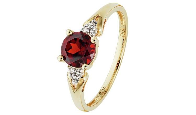 Revere 9ct Gold Garnet and Diamond Accent Ring - Q