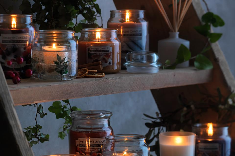 Image of candles on shelves