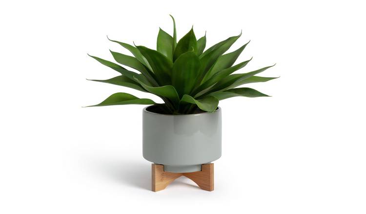 Argos Home Agave Artificial Plant in Ceramic Pot with Stand