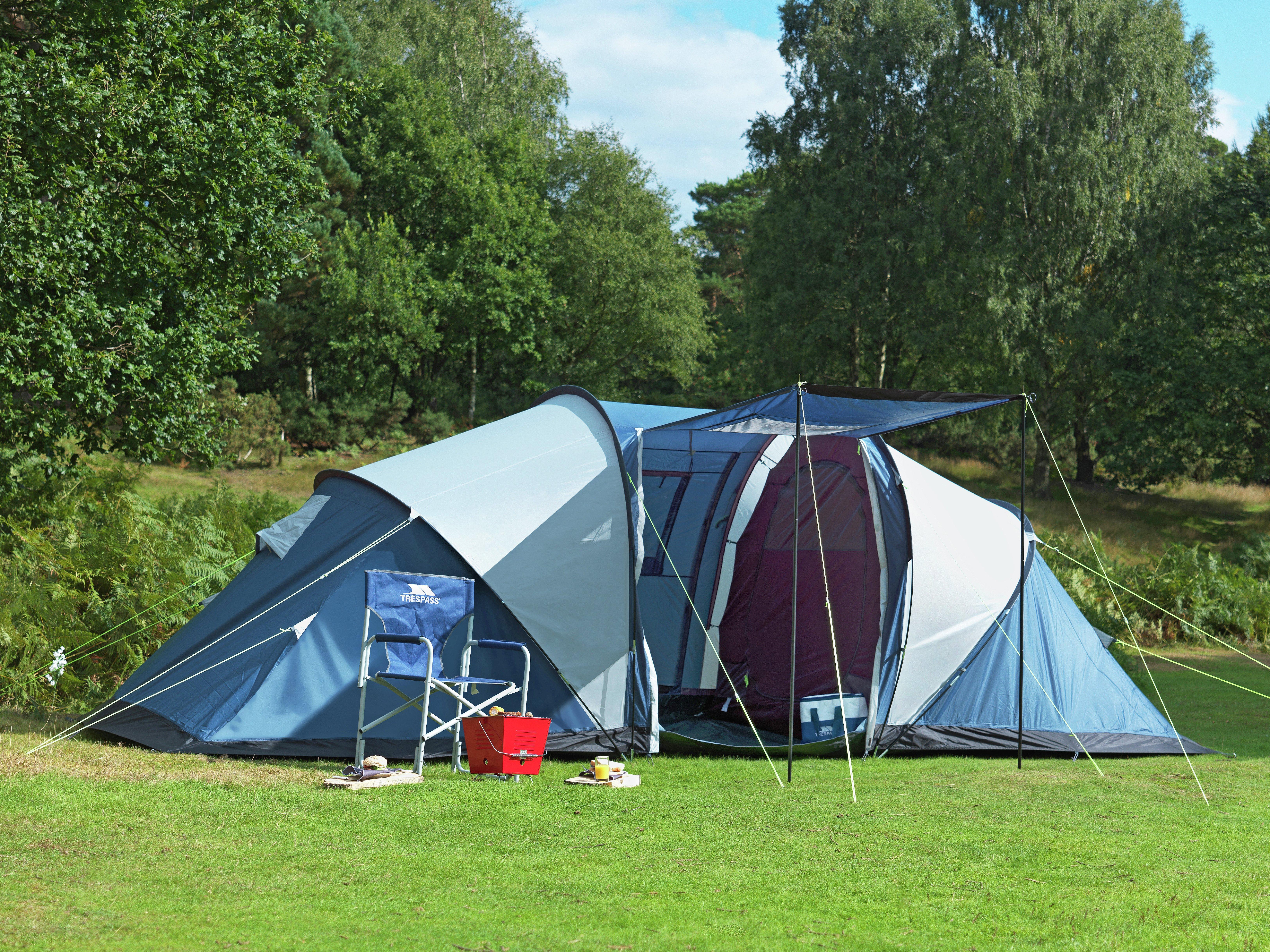 Trespass 4 Man Tent With Carpet