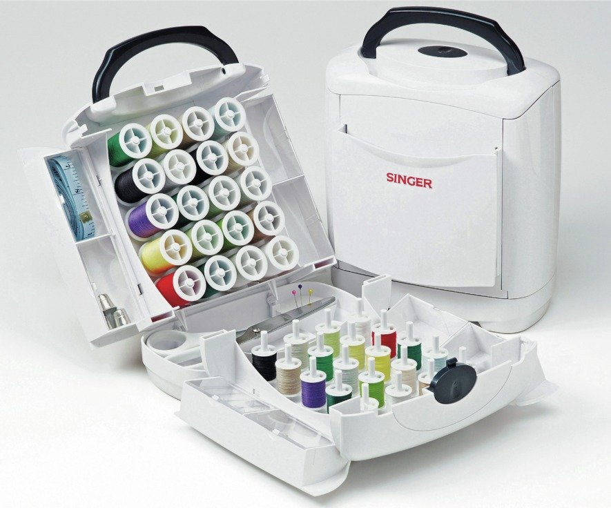 Singer Handy Sewing Chest with Accessories