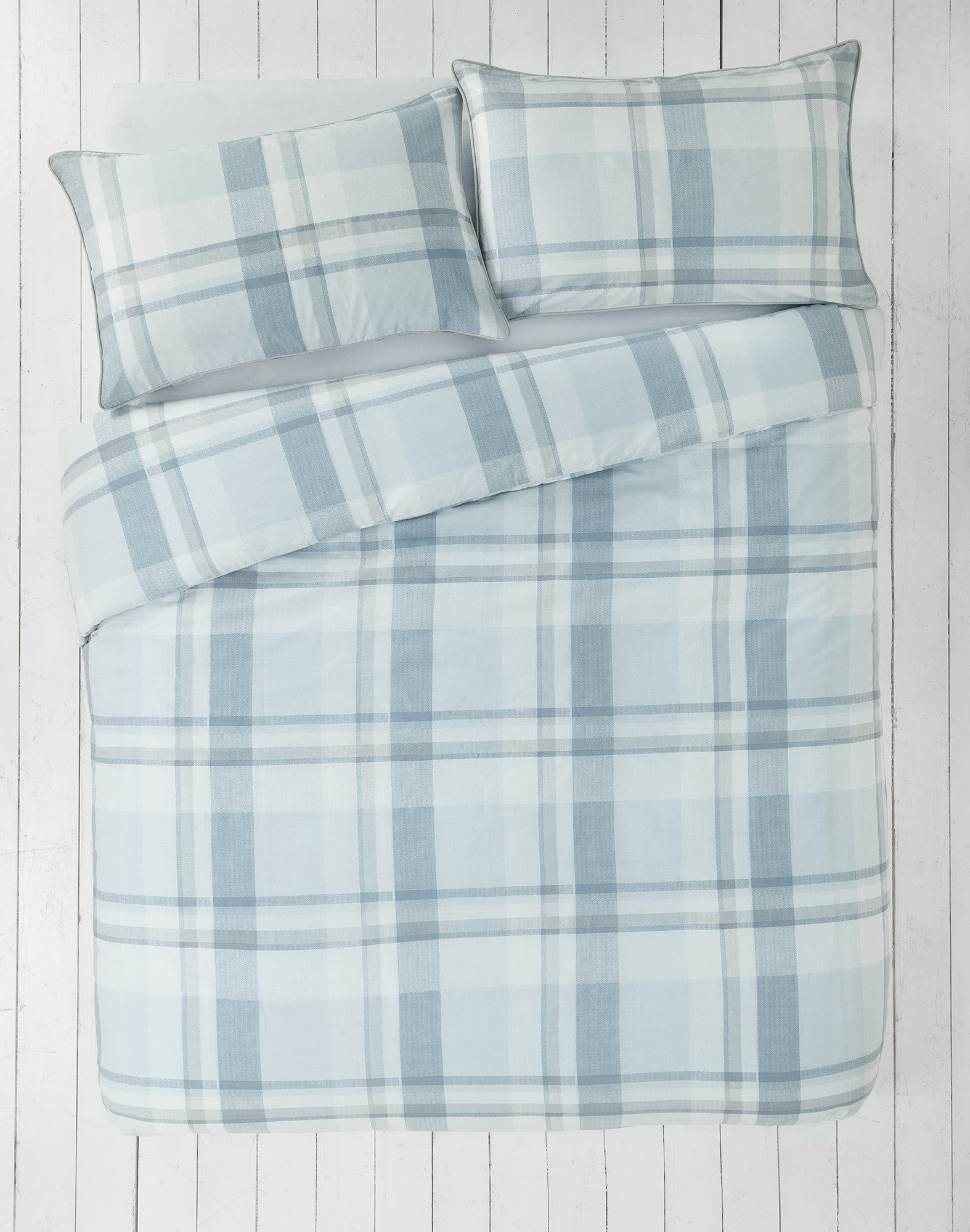collection  piped blue check  bedding set  single