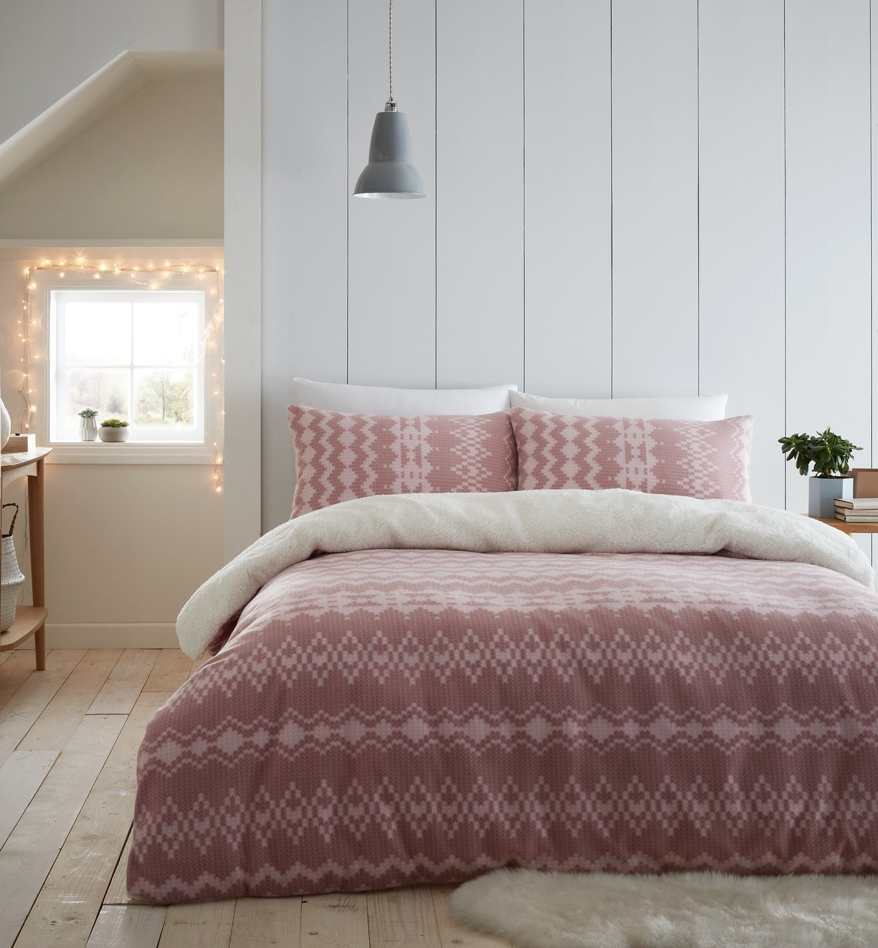Catherine Lansfield Blush Alpine Fleece Bedding Set - Single
