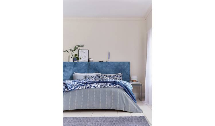 Helena Springfield Blue Chambray Bedding Set - Kingsize