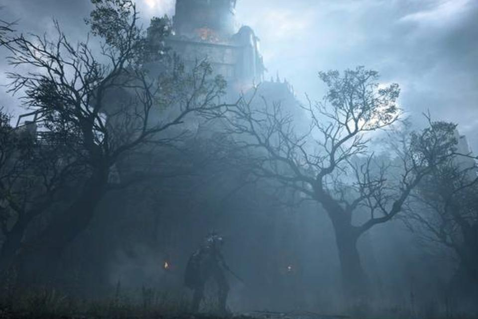 Screenshot from Demon's Souls, showing a knight standing in a forest covered by fog, looking up at a tower.