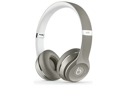 Beats Solo2 On-Ear Headphones Luxe Edition - Silver.