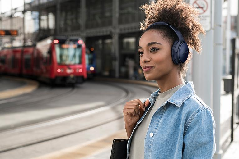 Headphones guide. Discover the best headphones and earphones for the way you love to listen.