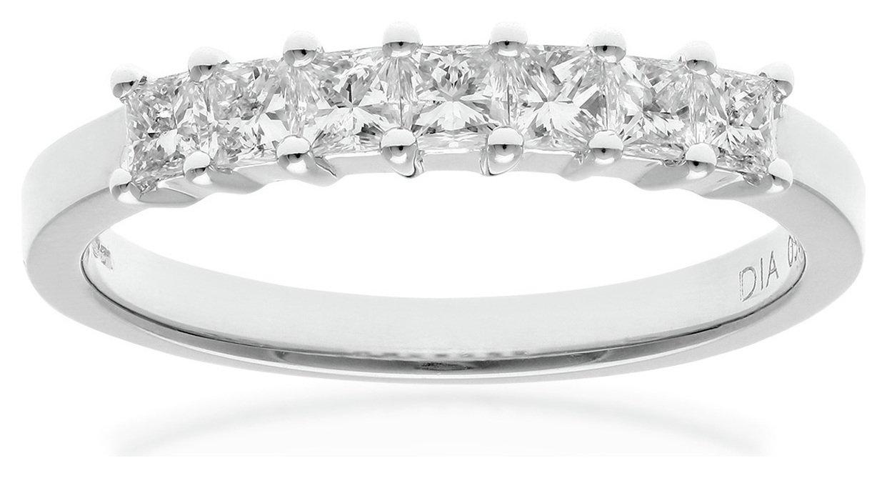 18 Carat White Gold 050 Carat Diamond - Princess Cut Ring - Size T